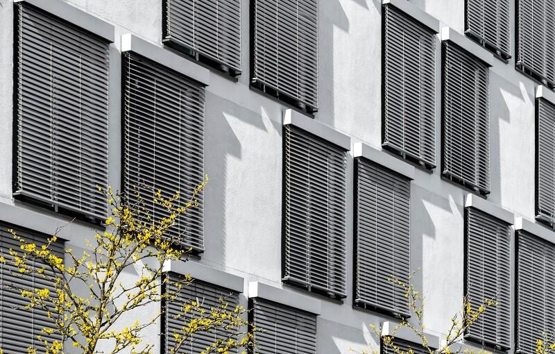 Żaluzje fasadowe jako element ochrony antywłamaniowej